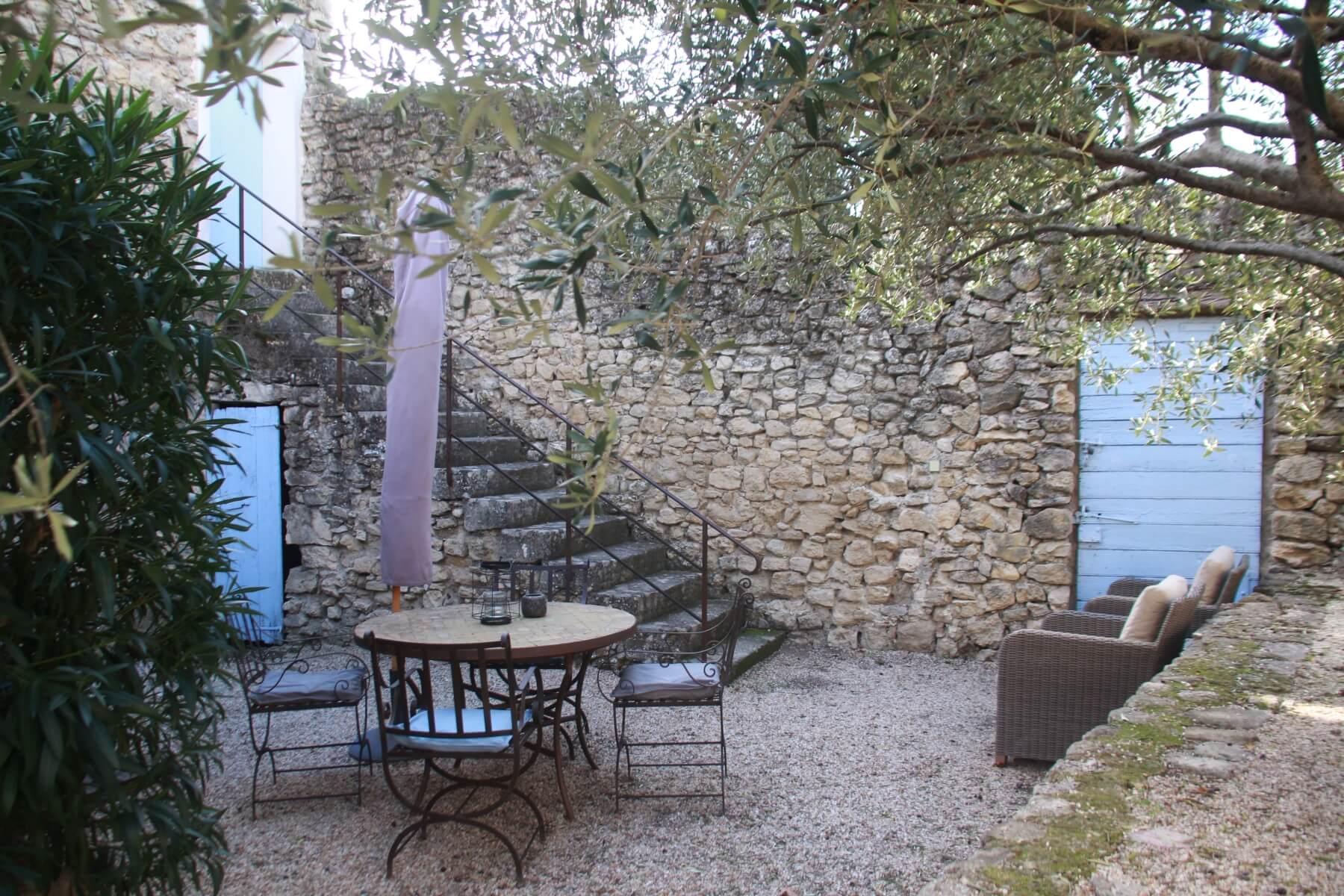 Het terras van gîte Petit Paradis