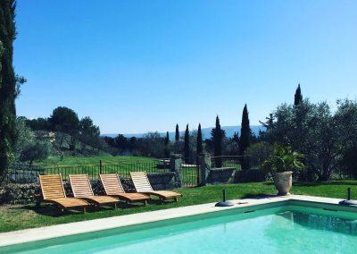 La piscine d'hôtes des Granges du Bosquet